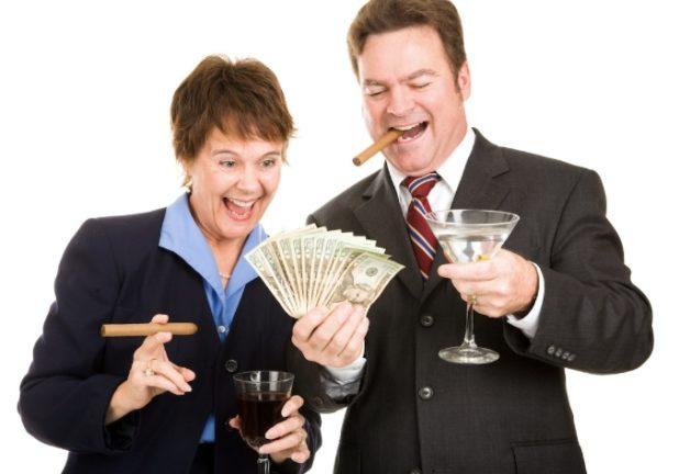 Можно жить и без банкиров