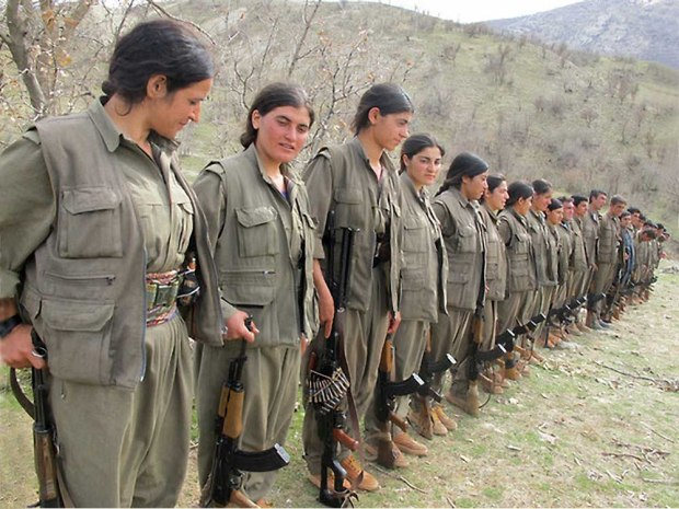 2-pkk-women-fighters