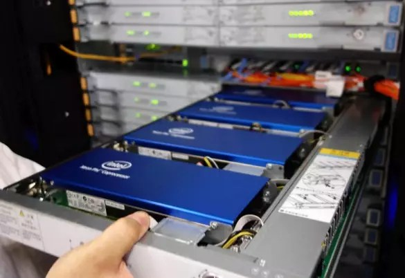 Сопроцессоры Intel Xeon Phi 31S1P в суперкомпьютере Tianhe-2
