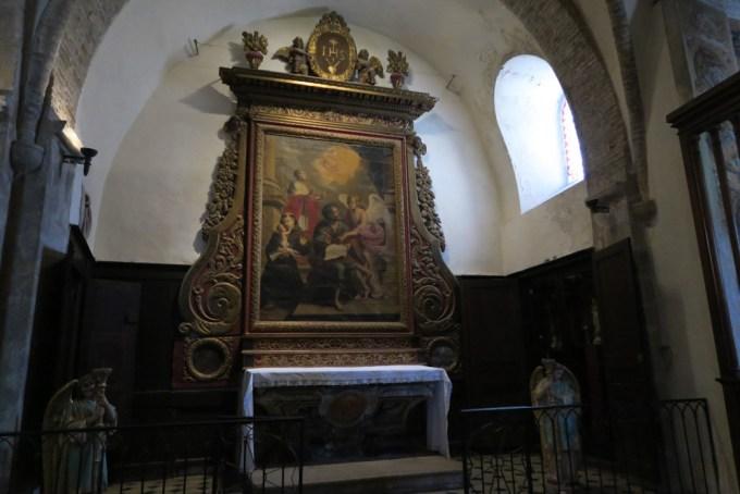 サン・ポール・ド・ヴァンスの教会04