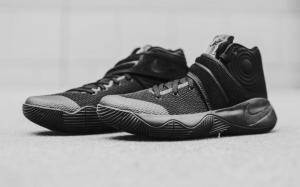 kyrie-2-triple-black-06_o9hwca
