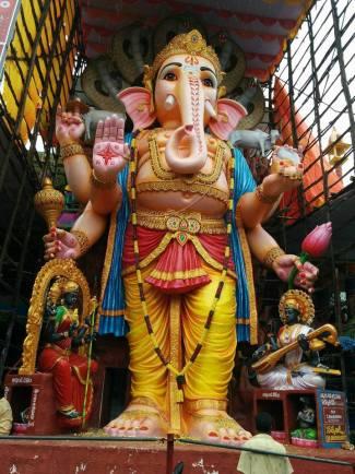 Khairatabad Ganapathi 2016 image 8 no-watermark