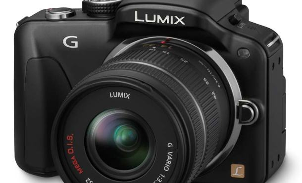 Lumix G3 frontal ladeada