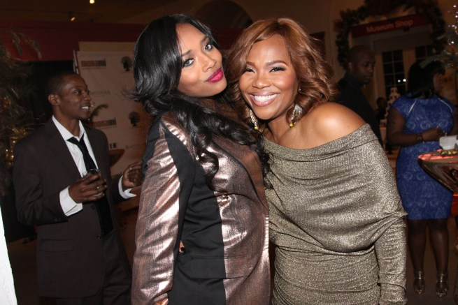 Yandy Smith & Mona