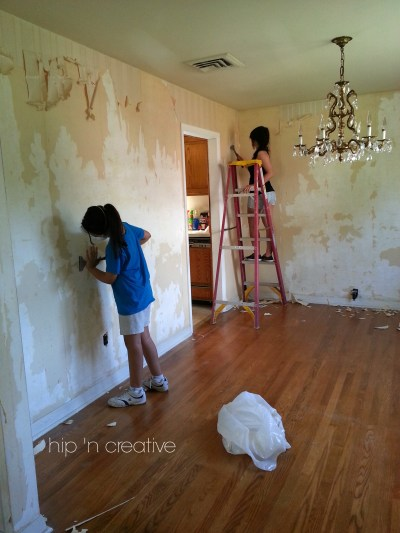 DIY Wallpaper Removal {what worked for me} | Hip N' Creative