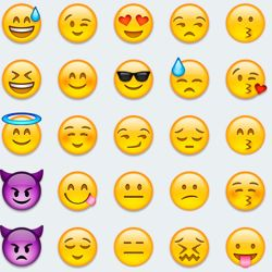 Small Of Praise Hands Emoji