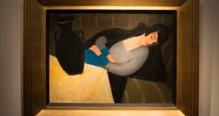Alvó nő fekete vázával