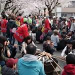 青森県青森市・生活に溶け込む桜の名所「桜川」で、未知なる「棒パン」を焼いてきました。