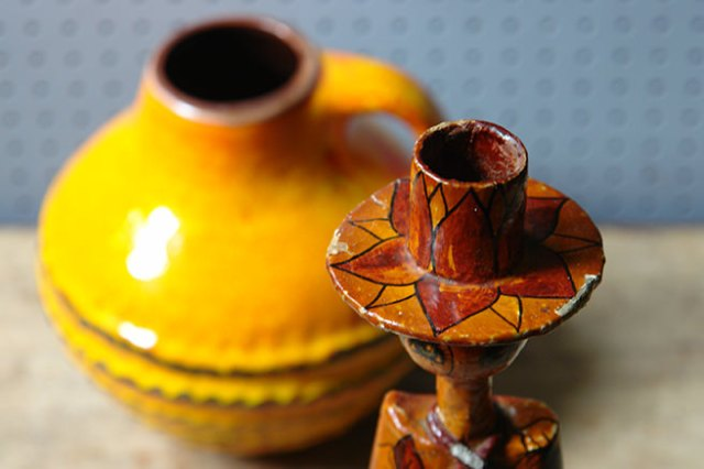 Vintage Abelardo Ruiz candle holder detail showing the top | H is for Home