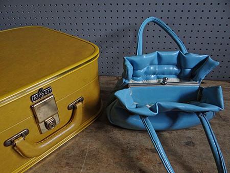 Vintage handbag and vanity case