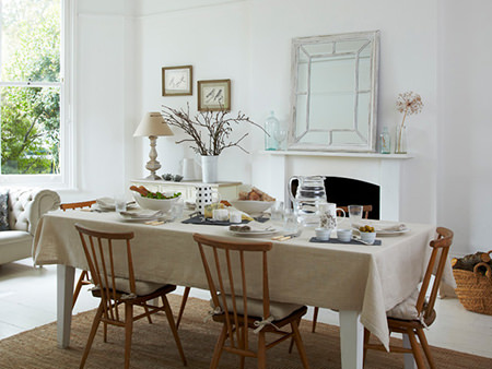 Rigby & Mac's natural coloured dining room
