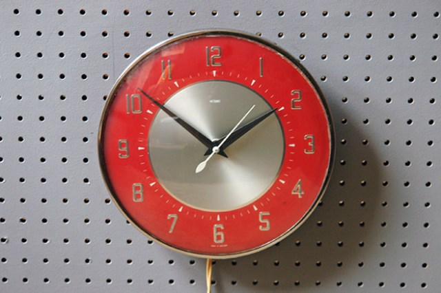 Vintage red & silver electric Metamec wall clock | H is for Home