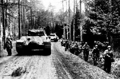 """Znalezione obrazy dla zapytania Dywizja Pancerno-Spadochronowa """"Hermann Göring"""" budziszyn"""