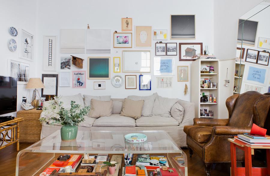 01-decoracao-casa-sala-estar-parede-quadros