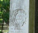 Iconography: wreath, Glenwood Cemetery