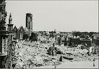 Centrum van Middelburg na het bombardement