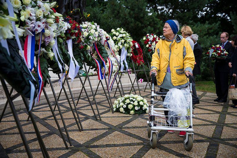 Indië-herdenking in Den Haag, 15 augustus 2013 -  Foto: Ilvy Njiokiktjien