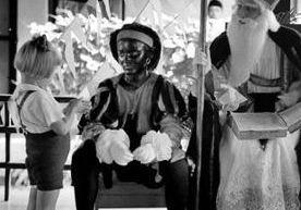 Sinterklaas op de Montessorischool in Malang, Java, 1935