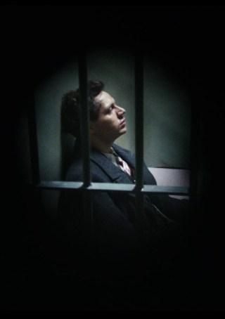 Georg Elser (Christian Friedel) in de gevangenis