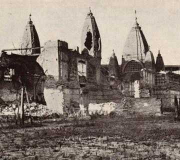 Restanten van het olifantenhuis na een bombardement