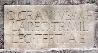 Grafschrift op het Mausoleum van Caecilia Metella bij Rome