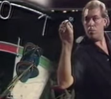 John Lowe en de allereerste 9-darter op televisie