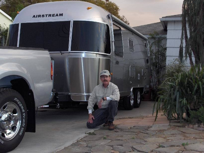 23' Airstream Safari fits in driveway!