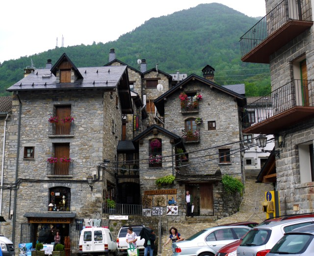 Torla, Spain (8) –Stone buildings and cars on Plaza de Aragón, Torla, Spain