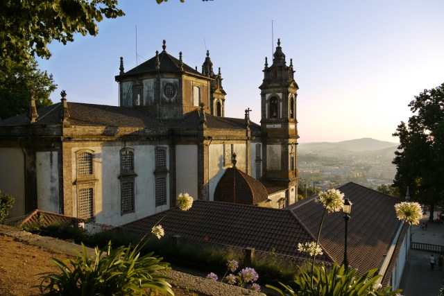 Bom Jesus do Monte Sanctuary in the shadows of the setting sun - Braga, Portugal (58)