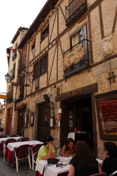 Meson La Oficina Restaurant on Calle Cronista Lecea - Segovia, Spain (22) - Staying in Segovia: Useful tips & links