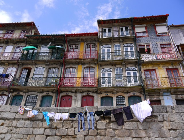 Colourful facades along the Riviera - Porto, Portugal (43), Portugal hitch-hikers essentials