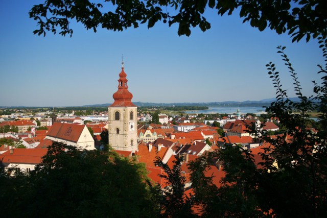 Couchsurfing without a host in Ptuj & the depths of human kindness