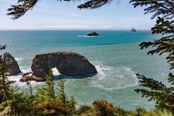 Arch Rock along the Hwy 101, South of ˝old Beach