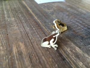 蛙のピアス