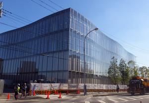 昨日2016年10月15日の様子、建物自体はほぼ完成した様子