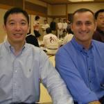 〔左起〕梁伯偉師父和澳洲Con師範攝於歡迎晚宴上。