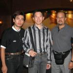 梁伯偉師父與兩位墨西哥師範攝於送別晚宴上。