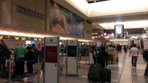 Cathay check in area