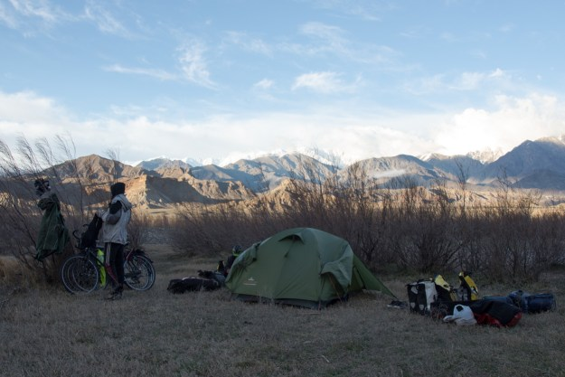 1st camping in Iran - Nakhchivan still just over the Aras river