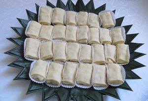 RESEP KUE NONA MANIS