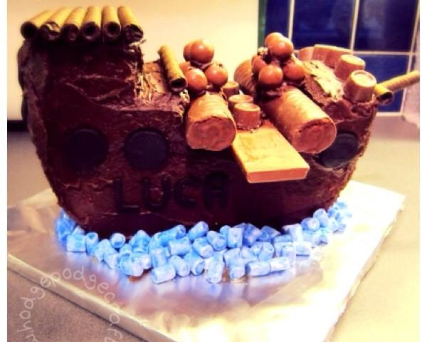 late pirate ship cake thumbnaillate pirate ship cake thumbnail