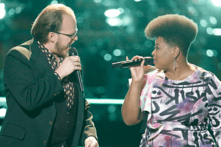 The Voice 13 Battle Rounds, Lucas Holliday vs. Meagan McNeal
