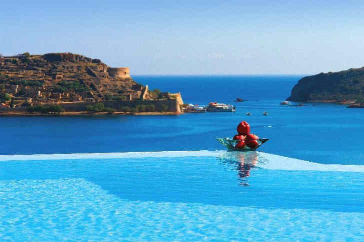 ギリシャ リゾートホテル プール