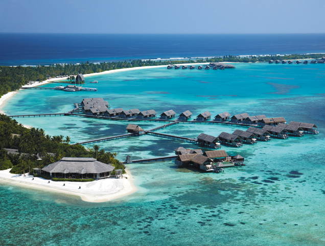 v-villingili-islands-bird-view