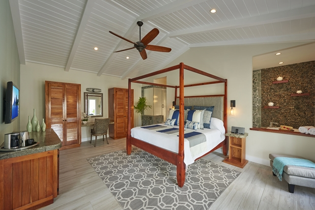 serenity-saint-lucia-premium_plunge_pool_butler_suite_indoor_living-copy