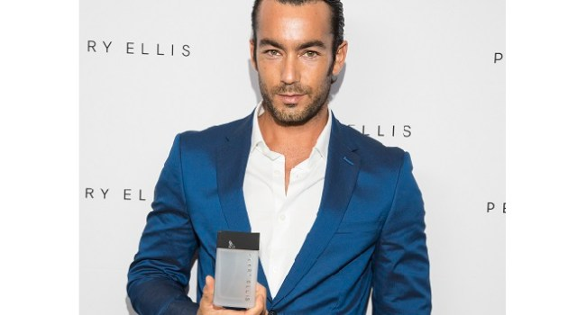 Aaron Diaz is the face of the new Perry Ellis Fragrance for HOMBRE Magazine