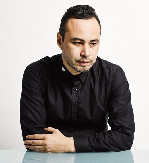 3 CARLOS CAMPOS - Fashion Designer of The Year (Copy)