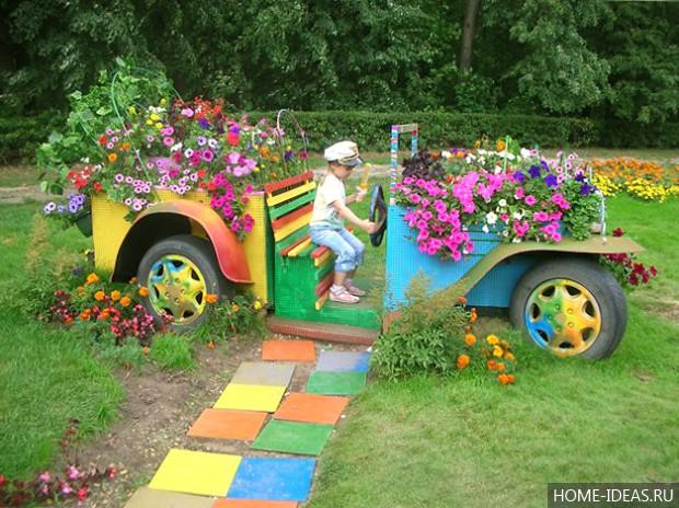 Машина в цветах