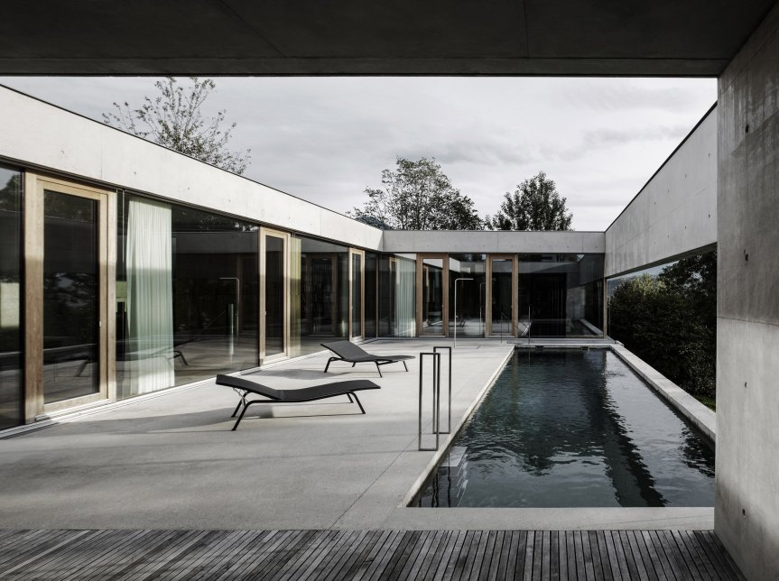 house-of-yards-marte-marte-architects-vorarlberg-austria-concrete-swimming-pool_dezeen_2364_col_19
