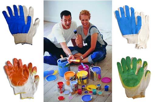 ремонт в рабочих перчатках